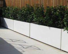 Langwerpige plantenbakken van aluminium. Leverbaar in alle maten en RAL kleuren