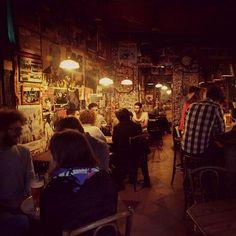Design Bar Restaurant, Restaurants, Le Piano, Paris Paris, Cafe Bar, Lounges, Oysters, Places To Go, Illustrations
