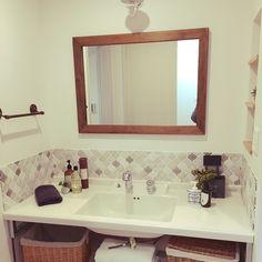 かごが好き/コラベル/名古屋モザイクタイル/新築建築中/大人可愛いを目指す。/バス/トイレ…などのインテリア実例 - 2017-03-13 23:22:37 | RoomClip(ルームクリップ) Washroom, Dressing Room, Powder Room, Toilet, Sweet Home, Sink, Mirror, Interior, House