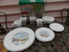 Vintage Corelle Dinnerware Country Memories 20pc Set Service for 4 IN BOX