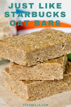 I recreated my favorite Starbucks oat bars.There are so many delicious items that I love and Starbucks oat bars are definitely high on my list! Baking Recipes, Cookie Recipes, Dessert Recipes, Paleo Recipes, Ma Baker, Starbucks Recipes, Starbucks Oat Bar Recipe, Vegan Oat Bar Recipe, Cookies Et Biscuits