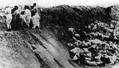 The execution of Jewish women on the Skede Beach in Libau (Liepaja), Latvia, 15-16 December, 1941.