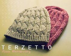 Ravelry Terzetto by Lisa Gutierrez (free pattern) Loom Knitting, Knitting Patterns Free, Knit Patterns, Free Knitting, Free Pattern, Knitting Projects, Yarn Projects, Crochet Projects, Knitting Tutorials