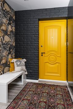 Main Door Design, Foyer Design, House Design, Room Color Schemes, Room Colors, Corridor Design, Modern Entry, Home Office Setup, Large Chandeliers