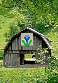 """love the quaintness of this barn with """"quilt"""";"""