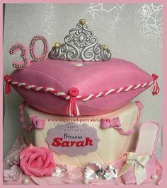 Cinderella Theme: Princess Pillow Cake with Princess Slipper Daughter Birthday, Girl Birthday, Birthday Cakes, Pretty Cakes, Cute Cakes, Pillow Cakes, Pastry Art, Fashion Cakes, Spice Cake