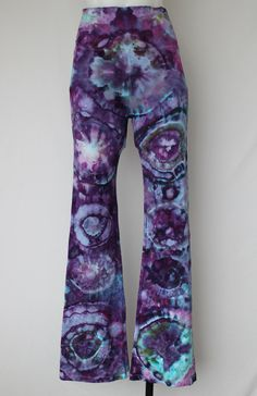 Tie dye Yoga Pants Ice Dyed - Size Small - Helen's Iris Patch bullseye by ASPOONFULOFCOLORS on Etsy