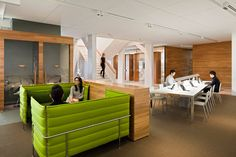 Geyer-workplacedesign_americanexpress-01