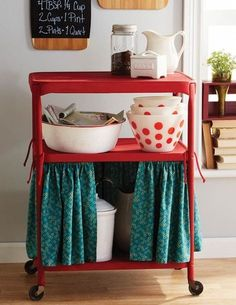 25 Awesomely Creative Ways To Use A Bar Cart - Make a curtain for the bottom tier to hide unsightly kitchen necessities. Diy Kitchen Island, Furniture, Metal Cart, Bar Cart Decor, Vintage Kitchen, Vintage Cart, Diy Kitchen Cart, Kitchen Roll, Diy Kitchen