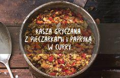 Gorzka kasza gryczana łączy się ze słodkimi pieczarkami, które puszczają na patelni sok i tworzą w połączeniu z curry pyszny sos. Razem zpapryką i cebulkąpowstajenie tylko smacznedanie, ale również świetna baza doimprowizacji. Kasza gryczana z pieczarkami w curry toprosty i pyszny przepis,który może stanowić jednocześnie świetną bazę do eksperymentów. Przepis jest bardzo odporny na zmianyi… Weekly Menu, Vegan Gluten Free, Plant Based, Dinner Ideas, Salsa, Rice, Cooking Recipes, Eggs, Lunch