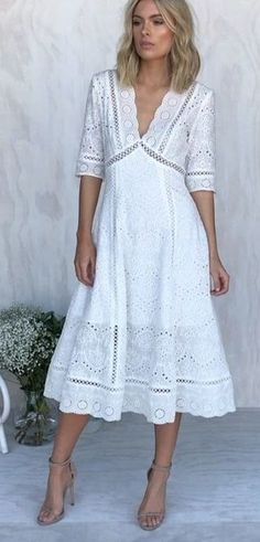 Adorable Fall Outfits To Stand Out From The Crowd White Dresses For Women, Little White Dresses, Simple Dresses, Day Dresses, Cute Dresses, Dress Outfits, Fall Outfits, Fashion Dresses, Summer Dresses