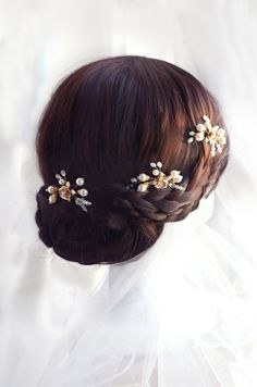 I like this hair style, too!  pearl and crystal hair pins gold or silver hair pin by TopGracia