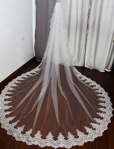 2017 One Layer 3 Meters Bling Sequined Lace Edge Long Wedding Veil with Comb 3 M White Ivory Bridal Veil Voile Mariage Bride Veil, Lace Bride, Cathedral Wedding Veils, Bride Accessories, Bling, Vintage, Dream Wedding, Camo Wedding, Wedding Hair