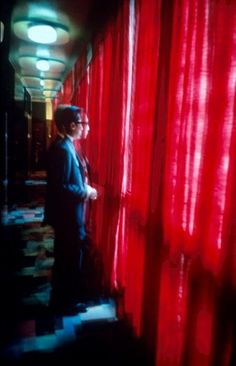 Such a beautiful, colorful film. // Wong Kar-wai's 'In the Mood for Love'
