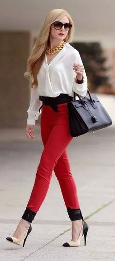I love red pants! Daily New Fashion : Red High Rise Skinnies by Oh My Vogue Look Fashion, New Fashion, Fashion Models, High Fashion, Womens Fashion, Fashion Trends, Street Fashion, Club Fashion, Fashion News
