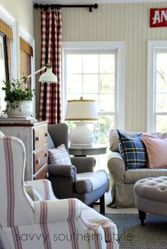 And more in the sun room savvy southern style, southern belle, home stretch French Living Rooms, French Country Living Room, Home Living Room, Living Room Furniture, Savvy Southern Style, Southern Belle, Home Comforts, Sun Room, Beauty Room