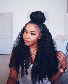 Braids, Locs, Twists & More. 16 Crochet Hairstyles For Everyone Braids, Locs, Twists & More. 16 Fantastic Crochet Braids Hairstyles To Show Off…Crochet Braids and Twists: Step-by-Step Styling… Crochet Weave Hairstyles, Curly Crochet Hair Styles, Curly Hair Styles, Natural Hair Styles, Styles Locs, Crochet Braid Styles, Long Curly Crochet Hair, Crotchet Twists, Long Crochet Braids
