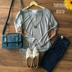 Grey sweaters with elbow patches? Count me in! Oxfords, skinnies, and a satchel to make this outfit perfect.