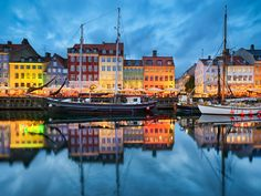 If you're looking to visit somewhere cultural in Europe this Autumn, look no further than Copenhagen. As one of Europe's oldest capital cities, Copenhagen has a rich history cultivated since With barely half a… Wow Air, Best Cities In Europe, Family Vacation Spots, Vacation Travel, Vacation Ideas, Belle Villa, Copenhagen Denmark, Copenhagen Travel, Travel Tips