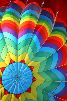 Bottom of hot air ballon. Colors Of The World, All The Colors, Vibrant Colors, Colours, Taste The Rainbow, Over The Rainbow, Balloon Rides, Hot Air Balloon, Air Ballon