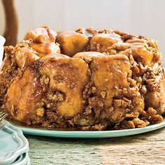 Praline Pull-Apart Bread - Make this delicious bread for special occasions. Frozen bread dough makes it an easy fix, and a caramel-flavored sauce poured on top makes it irresistible.