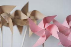Alice in Wonderland Decorations Twirling Pinwheels 12 by aubabi78