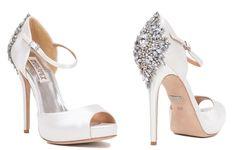 Fotos e ideas para que vuestros zapatos para novia 2015 sean los más seductores de todos. Cuál eliges? Kate Spade, Badgley Mischka, Valentino o Louboutin?