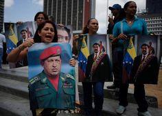 Análisis: el chavismo se divide respecto a Maduro. Los chavistas se muestran divididos en torno a la gestión de gobierno de Nicolás Maduro, y un sector importante expresa su desagrado sobre la actuación del régimen frente al colapso de la economía y ante la ola de manifestaciones de protestas que sacuden al país. Encuestas y entrevistas de grupos focales realizadas recientemente muestran que el respaldo popular con el que cuenta Maduro es realmente muy escaso.