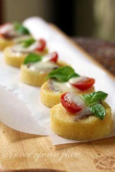 Bite-Size Savory Tomato & Mozzarella Polenta Cakes. #shopfesta