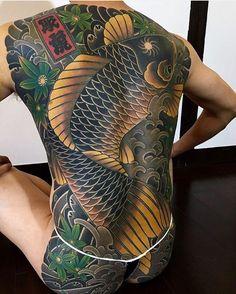 Japanese back tattoo by @hori_tora.  #japaneseink #japanesetattoo #irezumi…
