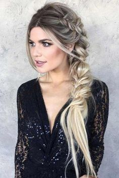 9 Artistic Tricks: Braided Hairstyles For Work women hairstyles with bangs Hairstyles Color brunette hairstyles color. Side Braid Hairstyles, Baddie Hairstyles, Prom Hairstyles, Black Hairstyles, Hairstyles Pictures, Wedding Hairstyles Side, Hairstyle Ideas, Fishtail Braid Hairstyles, Bridal Hair
