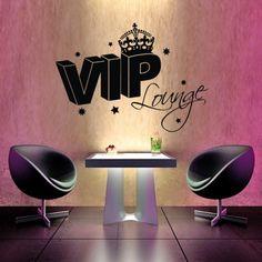 Hol dir das humorvolle Wandtattoo und verwandel dein Wohnzimmer in deine eigene VIP Lounge. #VIP #Wadeco // http://www.wadeco.de/vip-lounge-wandtattoo.html