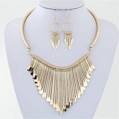 Fashion Jewelry Set big temperament wild multi-layer fringed necklace gold metal silver metal false collar metal necklace gifts