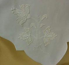 File Çalışması White Embroidery, Hand Embroidery, Holy Quran, Cutwork, Hand Stitching, Angel, Crochet, Design, Ideas