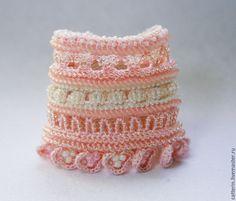 Crochet cuff, Beaded crochet cuff, Crochet bracelet, pink cuff, Boho style bracelet, Handmade crochet cuff, cuff, Bohemian jewelry, crochet with beads, вязаный браслет, браслет крючком, браслет с бисером, вязание с бисером, catterinsart, catterins