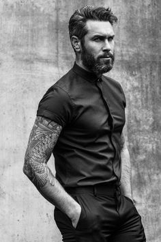 The Classy Issue Barba Sexy, Arm Hair, Cool Sleeves, Short Sleeves, Best Sleeve Tattoos, Tattoo Sleeves, Beard Love, Hommes Sexy, Beard Tattoo