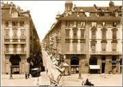 Torino - L'imbocco della contrada di Dora Grossa (via Garibaldi), da piazza Castello, alla fine dell'800.