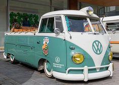 Volkswagen Type 2, Volkswagen Transporter, Vw T1, Vw Pickup, Combi Vw, Vw Cars, Unique Cars, Old Trucks, Jeep