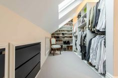 Attic dressing room storage