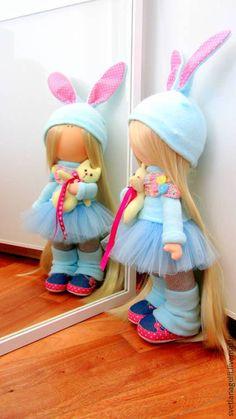 Купить Кукла интерьерная Лола в голубом с маленьким котом - кукла ручной работы, кукла интерьерная