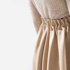 Zara nude/tan elastic skirt Beautiful thick nude skirt. Such a elegant color for winter, it will look great with any sweaters and coats. Size tagged M. Sold out everywhere else Zara Skirts
