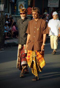 Street style in Ubud, Bali, Indonesia 2008.