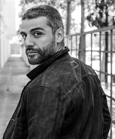 oscar isaac is from Miami. Fact: he was in bands in Miami. He's kind of everything.