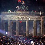 A Multimedia History of the Berlin Wall