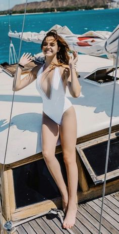 Bailee Madison sexy Hottest Female Celebrities, Beautiful Celebrities, Beautiful Actresses, Celebs, Bailee Madison, Barefoot Girls, Celebrity Bikini, Cute Young Girl, Beautiful Girl Image