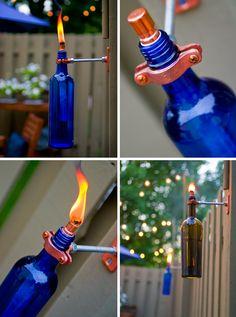 Für die nächste Gartenparty. Öllampen aus alten Weinflaschen. #upcycling #diy