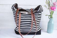 Canvastaschen - *** Canvas Tasche schwarz-weiß gestreift *** - ein Designerstück von hollyundhoney bei DaWanda