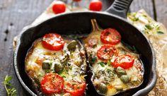 Roasted eggplant with mozarella and tomatoes Pureed Food Recipes, Veggie Recipes, Vegetarian Recipes, Cooking Recipes, Healthy Recipes, Tapas, I Love Food, Good Food, Salads