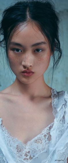 "Jing Wen by Stefan Khoo mollylucille ♡♥♡♥ Thanks, Pinterest Pinners, for stopping by, viewing, re-pinning, & following my boards. Have a beautiful day! ^..^ and ""Feel free to share on Pinterest ^..^ #fashionandclothingblog *•.¸♡¸.•*"