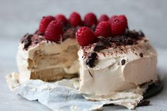Koolhydraatarme Tiramisu taart | Oanh's Kitchen Low Carb Desserts, Sweet Desserts, Low Carb Recipes, Delicious Desserts, Healthier Desserts, Brownie Recipes, Cake Recipes, Dessert Recipes, Pie Dessert